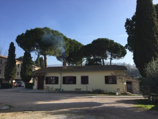 La sede dell'associazione Camminare Guarisce ospitata all'interno della struttura agrituristica dell'Antica Molinella a Passignano