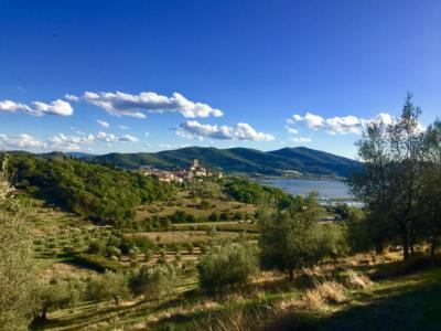 La via del Trasimeno veduta di San Savino
